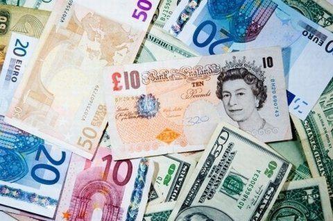 Morgan Stanley consiglia di acquistare sterline ma… non subito