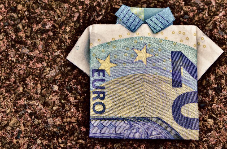 Cambio EUR/USD verso quota 1,18 con umore positivo del mercato