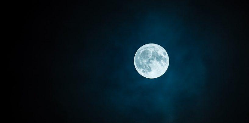 Vita lunare tra possibilità o fantascienza: si può vivere sulla Luna?
